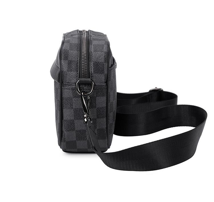 人気 メンズ ショルダー バッグ 販売 本革 男性 用 ショルダー バッグ メッセンジャー バッグ おすすめのミニ 斜 めがけ バッグ 通学 通勤鞄 小振り 軽量 実用 高 機能 肩掛け カバン 2