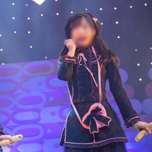 AKB48 ひまわり組 2nd Stage「夢を死なせるわけにいかない」 となりのバナナ 演出服 ライブ衣装 コスプレ衣装 制服 オーダメイド可元の画像