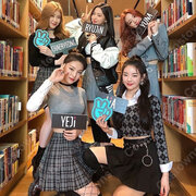 YEJI(イェジ) コスプレ衣装 『ITZY』ステージパフォーマンス同じ仮装 韓国 アイドルスタイル 長袖トップス セクシーなルースミニプリーツスカート 上下セット
